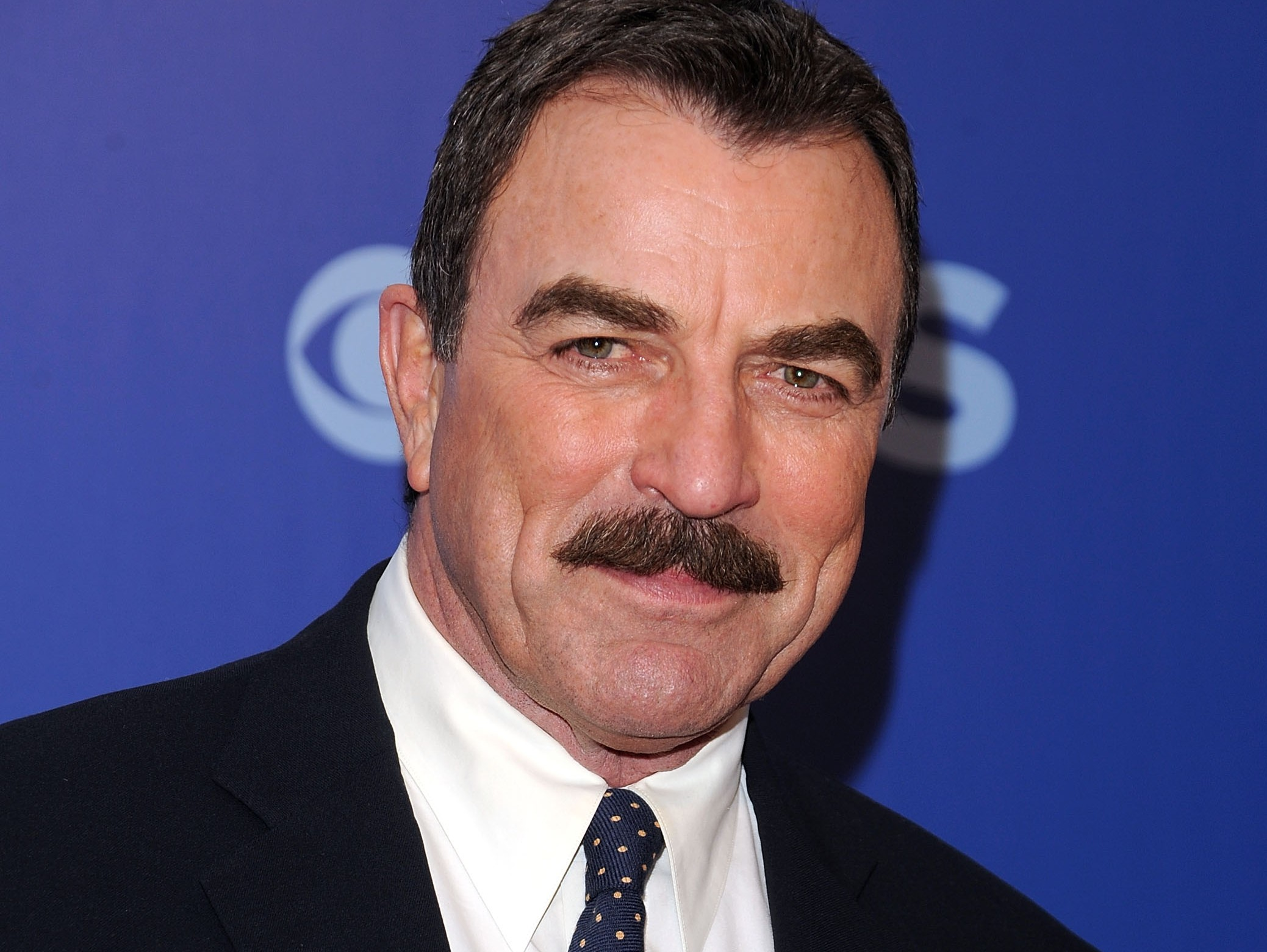 how tall tom selleck